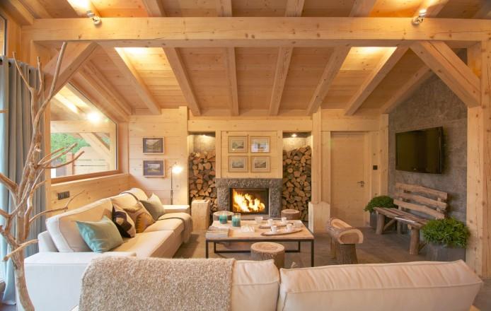 See details CHAMONIX MONT-BLANC Villa studio (2583 sq ft), 5 bedrooms